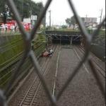 武蔵野線に車落下【画像】運転見合わせで「帰れない」と悲鳴ツイッターまとめ